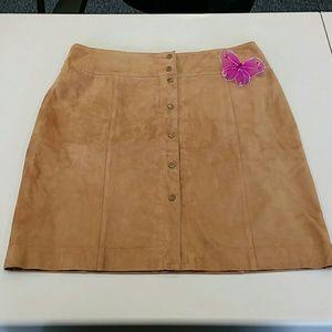 Jones New York suede skirt Sz 12. 0942P5